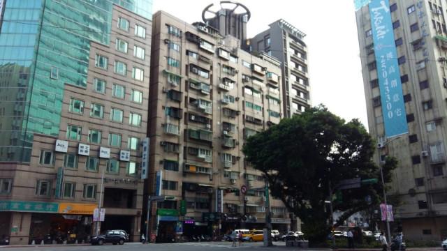 雙敦精緻車位大廈,台北市松山區八德路二段