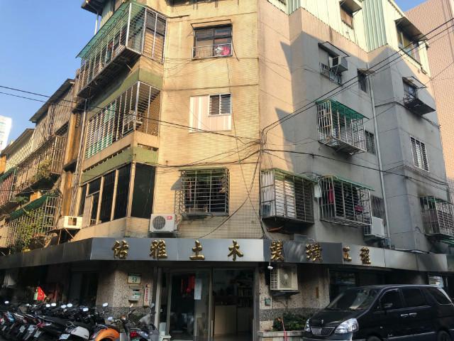 松菸角窗金店,台北市松山區八德路四段