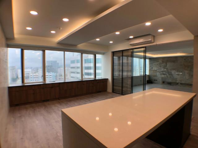 南京富星高樓精美住辦,台北市中山區復興北路
