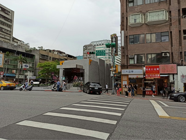 馬偕捷運商三透天收租,台北市大同區民生西路